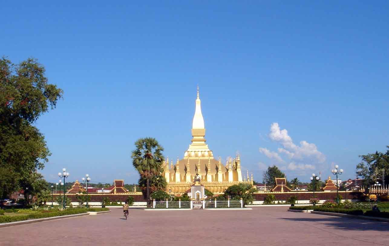 Vận chuyển hàng hóa hai chiều Việt Nam - Lào